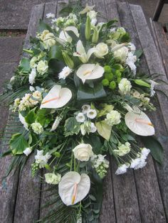 4ft coffin spray.                                                                                                                                                                                 Mais Casket Flowers, Funeral Flowers, Funeral Floral Arrangements, Flower Arrangements, Funeral Caskets, Funeral Sprays, Casket Sprays, Grave Decorations, Funeral Tributes