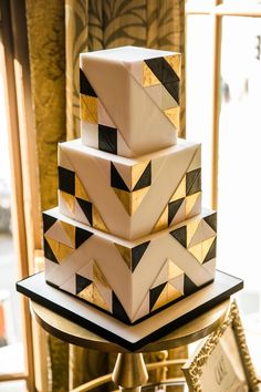 Art Deco Inspired three tier square wedding cake. Images by Cassandra Lane #weddingcakes