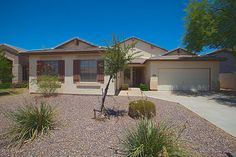 *** MOVE-IN READY!! *** HOME WARRANTY INCLUDED ***  Remodeled Single Level 4 Bedroom/2 Bath home. 3 car garage. Large cul-de-sac lot. New flooring throughout. New Interior 2-tone Paint. Large kitchen has island with breakfast bar. New granite kitchen counters. New stainless steel appliances. Large Pantry. Awesome open floor plan with three bedrooms split from Master Suite in another wing.