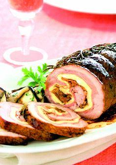 Ruladă de porc cu ciuperci Cookie Desserts, No Bake Desserts, Pork Recipes, Cooking Recipes, Main Course Dishes, Romanian Food, Best Steak, What To Cook, Salmon Burgers