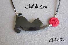 Chat-de-cou Cat with yarn (shrinky + sculpy/modeling dough?)