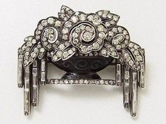 Art Deco Diamond Brooch.