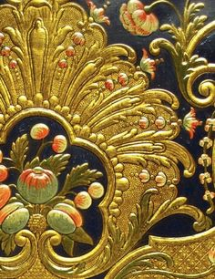 Gilt Leather by Frederick & Lut Poppe | Antique Shops Vol 9 - p.113