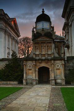 Gate of Honour, Gonville and Caius College - Cambridge University, Cambridge, Cambridgeshire, England, UK