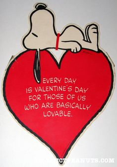 Discover collectible Peanuts Schmid Valentine's Day Plates featuring Snoopy, Woodstock, Charlie Brown, and the Peanuts comic by Charles M. Snoopy Love, Snoopy And Woodstock, Snoopy Valentine's Day, Baby Snoopy, Snoopy Comics, Peanuts Cartoon, Peanuts Snoopy, Funny Valentine, Happy Valentines Day