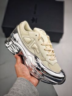 Air Max Sneakers, Sneakers Nike, Man Wear, Bag Men, Raf Simons, Adidas Shoes, Nike Air Max, How To Wear, Bags