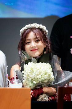 Nayeon, Park Ji Soo, Jihyo Twice, Twice Kpop, K Pop Music, Dahyun, Dance The Night Away, Korean Girl Groups, Kpop Girls