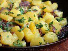 Cartofi cu ceapa Romanian Food, Romanian Recipes, European Dishes, No Cook Meals, Bon Appetit, Potato Salad, Good Food, Veggies, Potatoes
