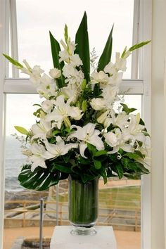 TOP TABLE 4 in total with white roses and lillies White lilies - one of my favourites