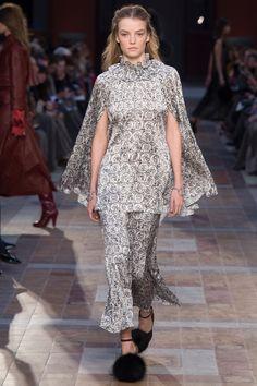 Sonia Rykiel Fall 2016 Ready-to-Wear Fashion Show - Roos Abels (Ford)