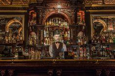 Bartender Benny Hill