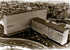 old Hotel Indonesia, built in 1962 it used to be the tallest building in Jakarta Old Pictures, Old Photos, Indonesian Art, Dutch East Indies, Old Photography, Colonial Architecture, City Scene, Historical Pictures, Jakarta