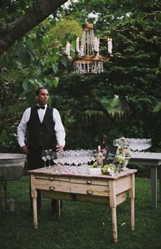 Champagne table + chandelier