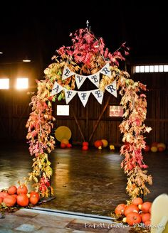 Fall Pumpkin Weddings Arch / http://www.himisspuff.com/fall-wedding-arch-and-altar-ideas/3/