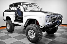 1977 Ford Bronco i would do some very questionable things for this vehicle