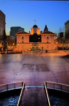 Pioneer Courthouse Square, Downtown Portland, Oregon.