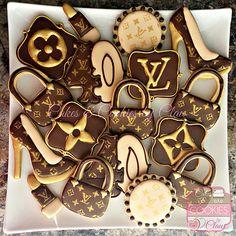 Louis Vuitton 40th Birthday Cookies, LV Cookies                                                                                                                                                                                 Más