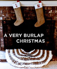Christmasy burlap projects! @Danielle Blue...a little diy project with all of your leftover burlap from the wedding???