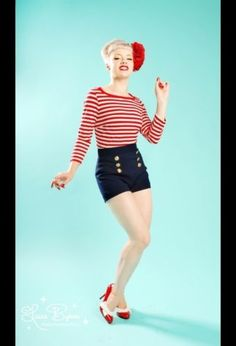 Pinup-Couture-Military-SHORTS-navy-2x-plus-xxl-NWT-highwaisted-rockabilly-sailor