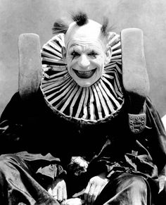 Dark Circus, Lon Chaney, Bride Of Frankenstein, The Shining, Movie Photo, Silent Film, Photo Art, Best Friends, Art Prints