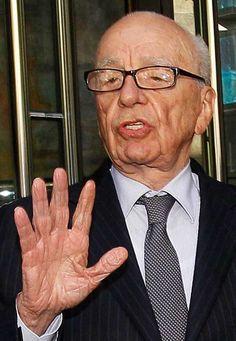 Palmistry Personified: Rupert Murdoch And His Hand Daniel Tosh, Creepy Hand, News Corp, Rupert Murdoch, Hand Images, Free Images, Fox Studios, Palm Reading, Dorian Gray