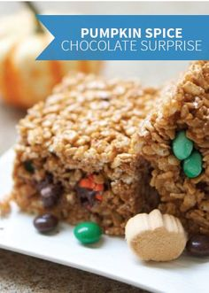 Pumpkin Spice Chocolate Surprise Rice Krispies Treats® – Fall is here, and that means it's time for all things pumpkin. These tasty autumn treats are made even better with a candy surprise in every bite!