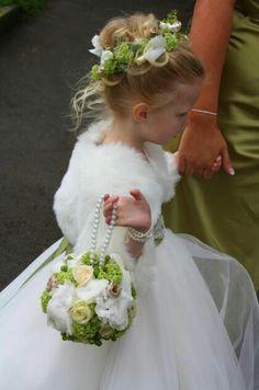 Que luxooooo de daminha para casamento em época de frio!!!! Amei!!!