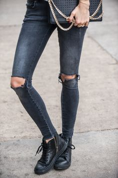 #ANINEBING Jeans, Sneakers and Bag