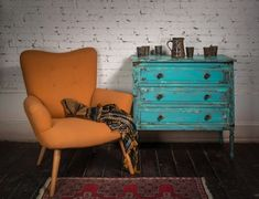 Bring farmhouse style into your home with throw rugs and vintage, painted furniture. Ikea Furniture, White Furniture, Online Furniture, Vintage Furniture, Modern Furniture, Furniture Movers, Furniture Refinishing, Painted Furniture, Décor Antique