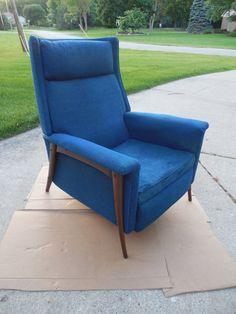 Mid century modern lounge chair T.H. Robsjohn  Gibbings for John Widdicomb furniture 1950s Klismos recliner chair lounge chair Klismos chair
