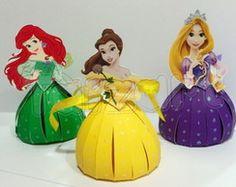 Porta Bombom Princesas                                                                                                                                                                                 Mais