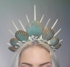 Mermaid Crown Tiara Headdress Turquoise from Fairytas on .- Meerjungfrau Krone Tiara Kopfschmuck Türkis von Fairytas auf Etsy Mermaid Crown Tiara Headdress Turquoise by Fairytas on Etsy - Maquillage Halloween, Halloween Makeup, Halloween Costumes, Halloween Fashion, Halloween 2017, Halloween Party, Mermaid Crown, Mermaid Headpiece, Mermaid Princess
