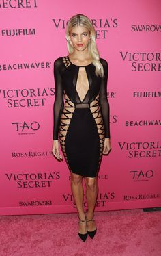 Devon Windsor -- VSFS Afterparty -- After putting away their wings, the Victoria's Secret models headed to Tao Downtown. \\ #VSFS #VSFS_2015 #VSFashionShow2015
