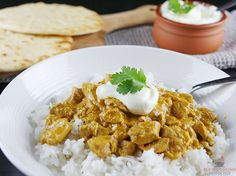 This delicious slow cooker chicken korma uses a curry paste made from scratch and is incredibly delicious. If you love a good tasting curry, then try this!