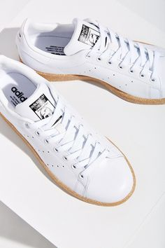 adidas Originals Stan Smith Gum-Sole Sneaker - Urban Outfitters