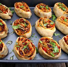 Recipe Boards, Vegan Baking, Vegan Food, Seitan, Dessert Recipes, Desserts, Facon, Going Vegan, Bruschetta