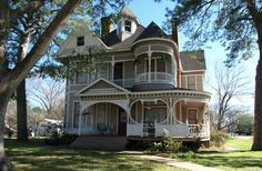Reeves-Womack House in Caldwell, TX