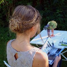 Messy braided updo hairstyles from hairandnailsinspiration. Fishtail Updo, Braided Updo, Braided Hairstyles, Wedding Hairstyles, Boho Braid, Braided Crown, Peinado Updo, Blond, Head Band