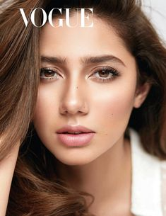 Mahira Khan's flawless looks and beauty secrets highlighted in Vogue India Mahira Khan Pics, Mahira Khan Dresses, Beauty Hacks Eyeliner, Beauty Makeup, Beauty Salon Names, Pakistani Models, Pakistani Actress, Vogue India, Beautiful Lips