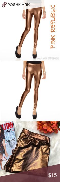 "Pink Republic Holiday Metallic Leggings Bronze L. Pink Republic Holiday Metallic !Bronze! Leggings size L.  Product Details PRODUCT FEATURES Metallic shine Elastic waistband Imported  FIT & SIZING Ankle length Midrise 28"" inseam  FABRIC & CARE Polyester Spandex Hand wash  📌Items come from a smoke free and pet friendly🐈🐈 home😉))). Pink Republic Pants Leggings"