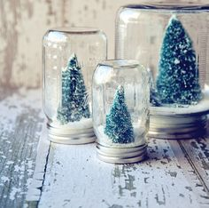 DIY ideas: snow globe and wire card holder in the shape of a tree! so cute