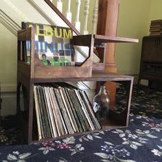 Record storage end table // the perfect by WickerWoodWorks on Etsy