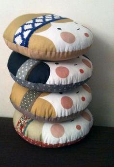 cute pillows Cute Pillows, Pillow Talk, Decoration, Cool Kids, Placemat Ideas, Sewing Crafts, Little Girls, Crafts For Kids, Creations