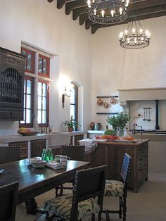 Authentic hacienda style in Austin. Chas Architects.