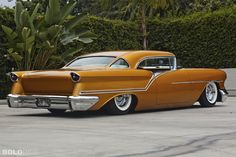 oldsmobile-custom-golden-star