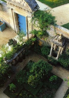 Chateau of Brecy Small Courtyards, Normandy France, Landscapes, Sidewalk, Gardens, Holidays, Places, Travel, Beautiful