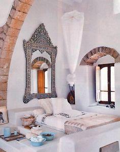 White Mediterranean/moroccan inspired bedroom