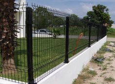 Fence Wall Design, Modern Fence Design, House Gate Design, Driveway Fence, Fence Gate, Home Fencing, Deer Fence, Farm Gate, Brick Construction