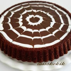 10 Minuets : Miss Thyme: Chocolate Tart Cake Easy Cake Recipes, Cookie Recipes, Dessert Recipes, Chocolate Desserts, Chocolate Cake, Pasta Cake, Cake Decorating For Beginners, Mini Tortillas, Decadent Cakes