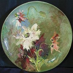 Large Montigny sur Loing DX Pottery Poppy Charger